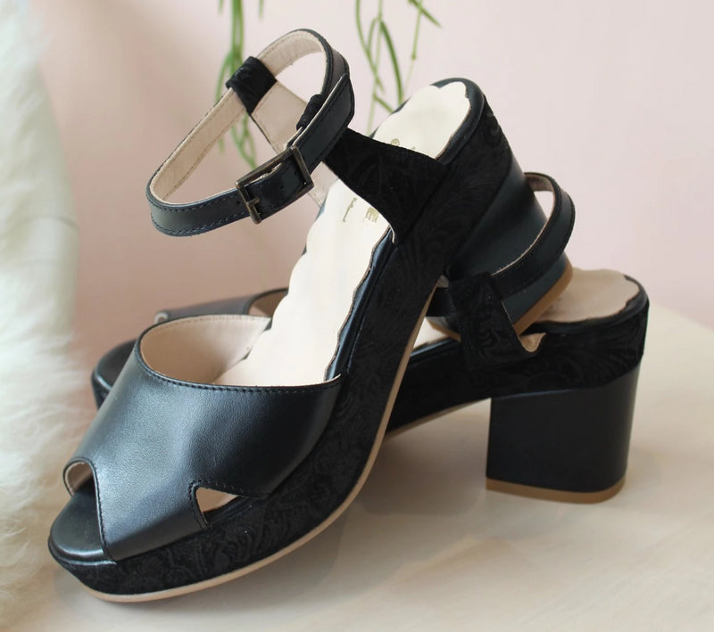 Juanita black platform heels . Vintage inspired, made in Portugal. By Miss L Fire