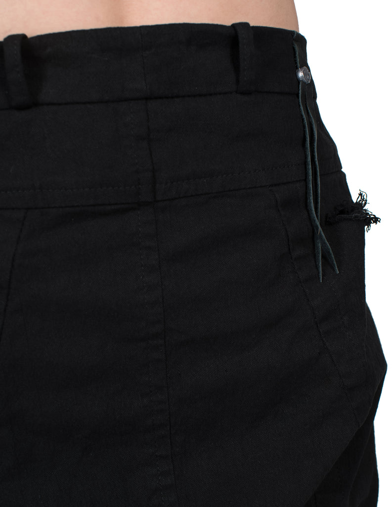 Destroyed Pockets Jeans