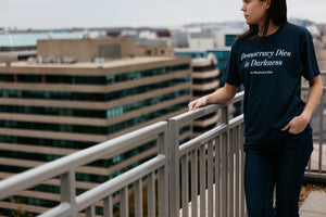 'Democracy Dies in Darkness' Washington Post T-shirt (navy)