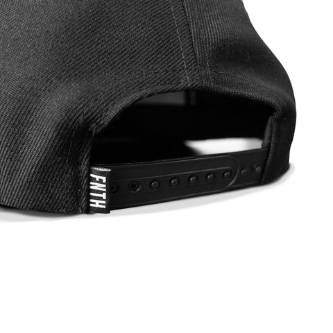 The Bishop Snapback Black