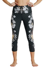 Blackout Beeloved Printed Yoga Crops