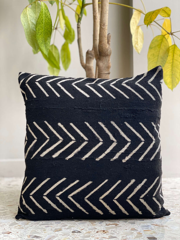 african mudcloth pillow cover - black arrow