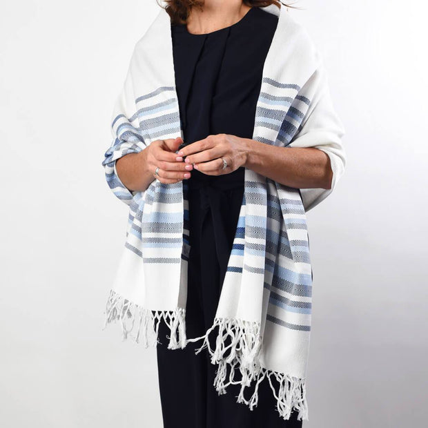 Border Wraps | White with Blues