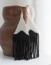 Beaded fringe earrings in Onda
