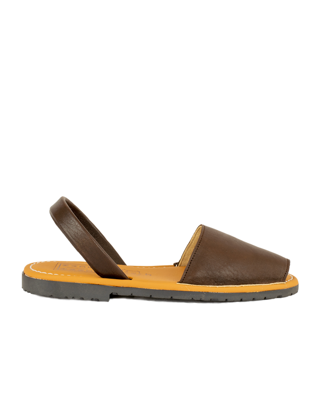 Menorquina Chocolate Waxed Flat