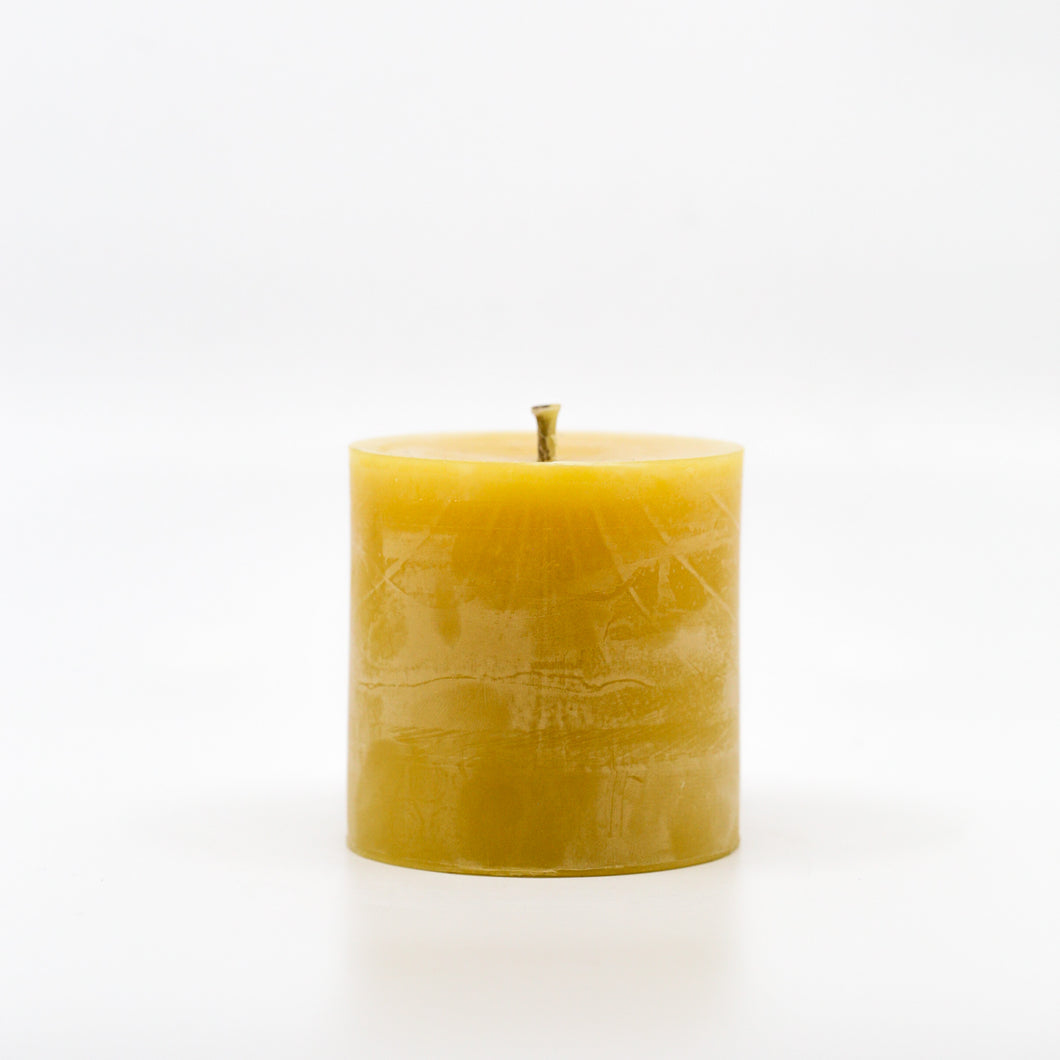 Beeswax Candle | Small Smooth Pillar