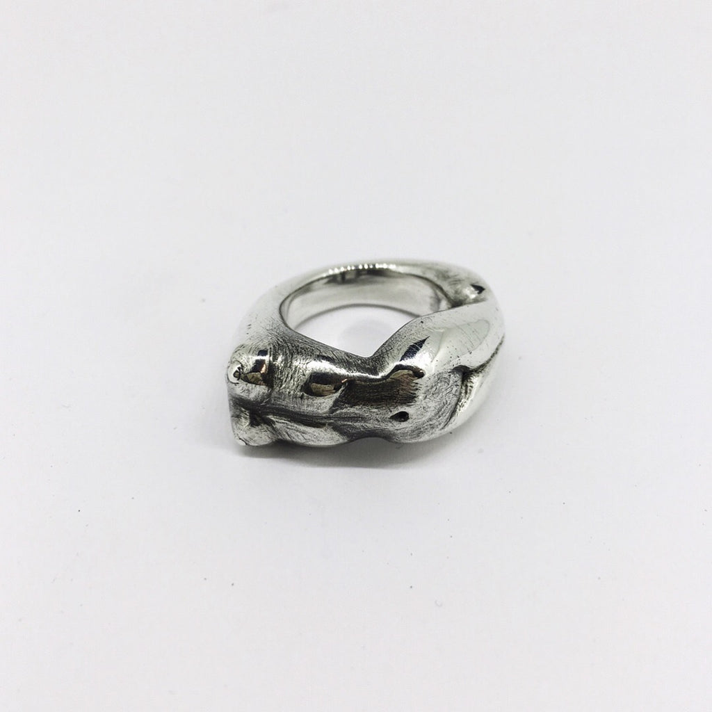 Icon ring - Loveless Hunter