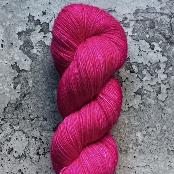 DRAGONFRUIT | merino single-ply