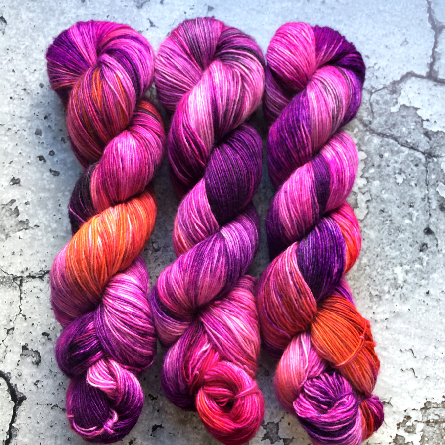SOUR GRAPES | merino single-ply