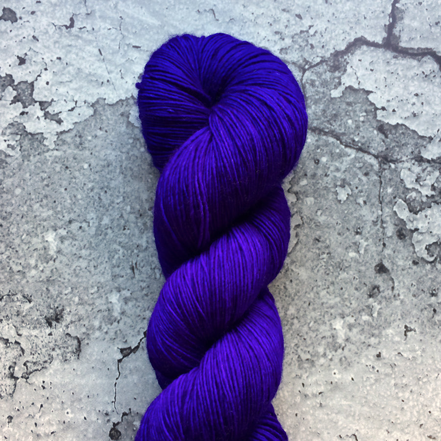 UBERVIOLET | merino single-ply