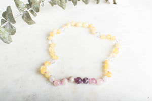 Baltic Amber Teething & Pain Jewelry in 'Kinsley'