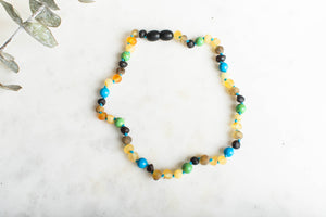 Baltic Amber Teething & Pain Necklace in 'Colton'