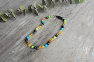 Baltic Amber Teething Necklace in 'Colton'