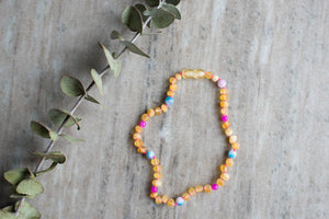 Baltic Amber Teething and Pain Necklace in 'Mia'