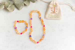 Baltic Amber Teething & Pain Jewelry in 'Mia'