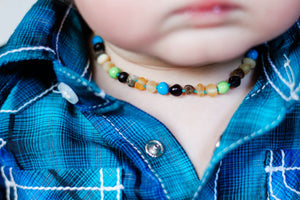Baltic Amber Teething & Pain Jewelry in 'Colton'