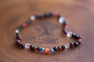 Baltic Amber Teething and Pain Necklace in 'Sandy'