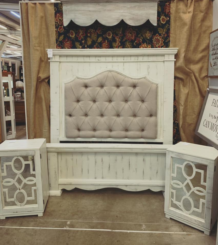Queen Tufted Bed $895