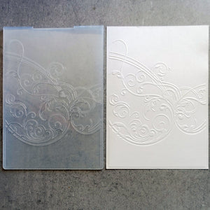 PRELOVED FLOURISH SCROLL EMBOSSING FOLDER 5x7 BIRTHDAY WEDDING CELEBRATION CARDMAKING