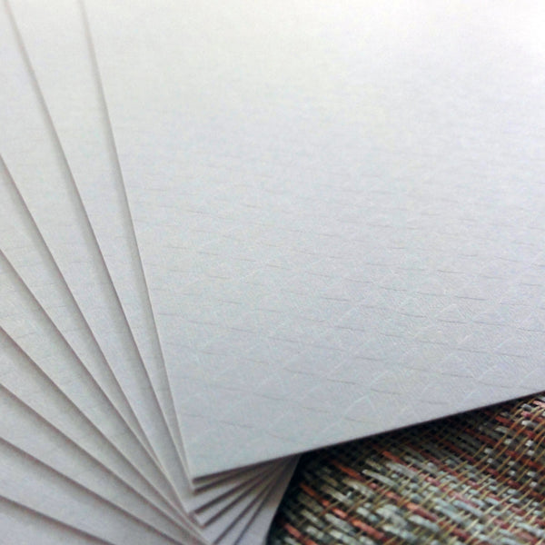 CARD A5 MINI DIAMOND WHITE TEXTURED 300 GSM 20 SHEETS