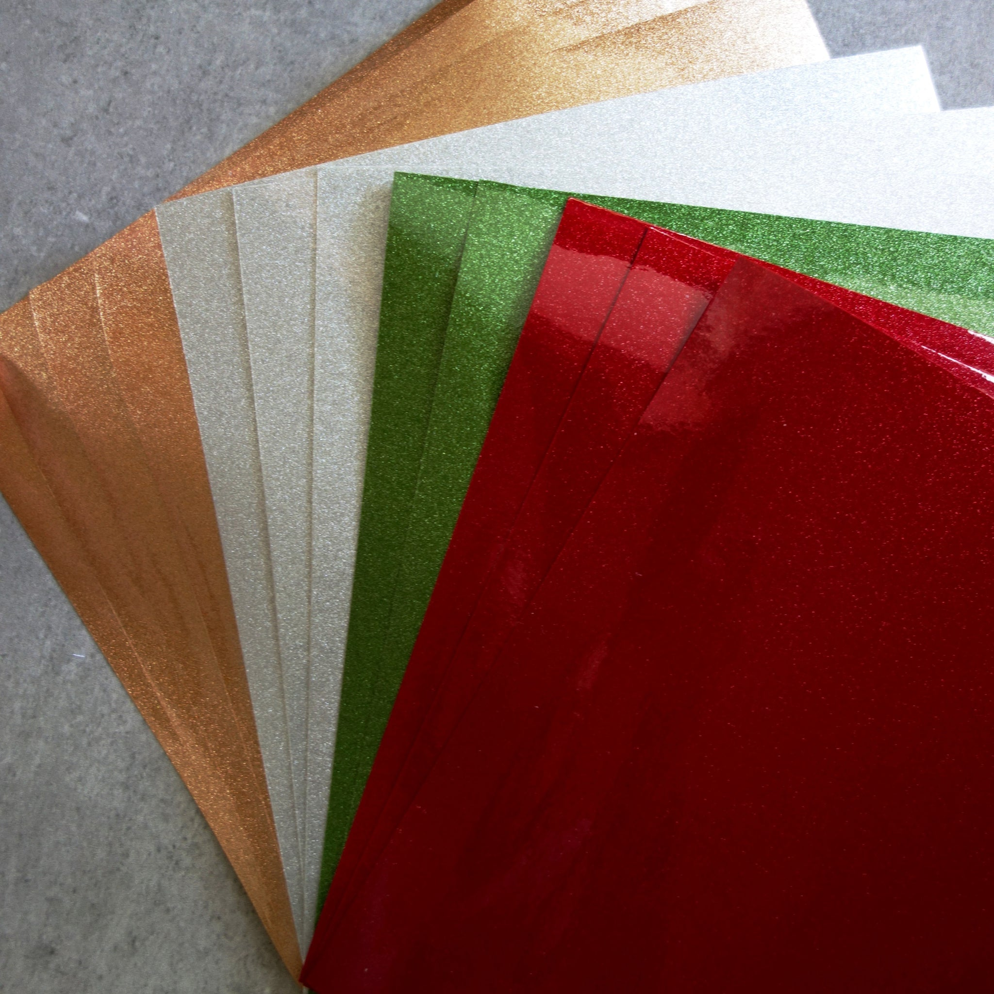 6x6 METALLIC SHIMMER PAPER CHRISTMAS MIX RED GREEN SILVER OLD GOLD 150GSM 12 SHTS CARDMAKING