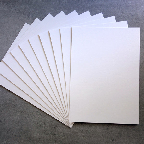 CARD A5 WHITE PEARL METALLIC SHIMMER CARD CHRISTMAS 265 GSM 20 SHEETS CARDMAKING
