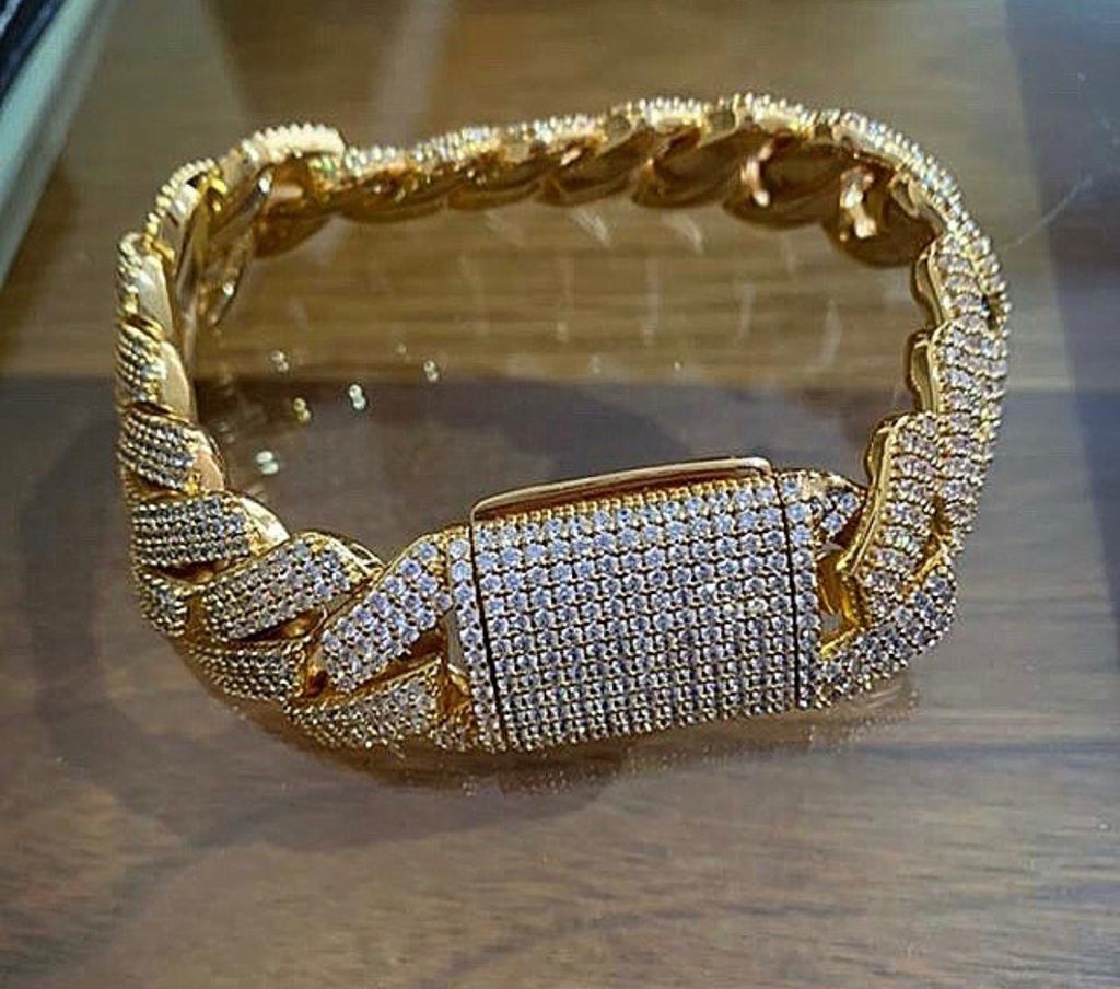 Fully Iced bracelet