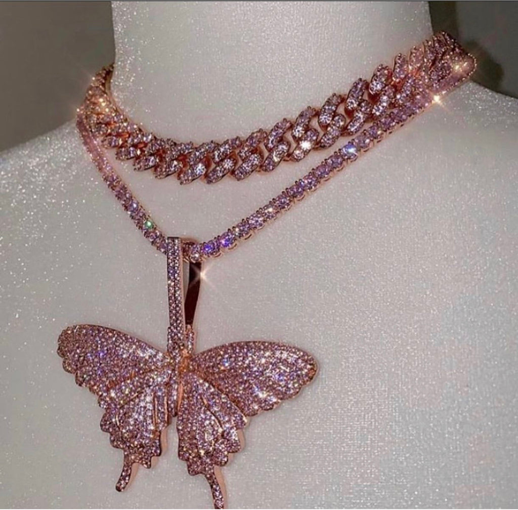 Butterfly pendant with chain combo