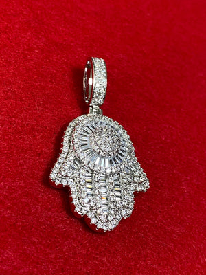 Hamsa pendant and chain