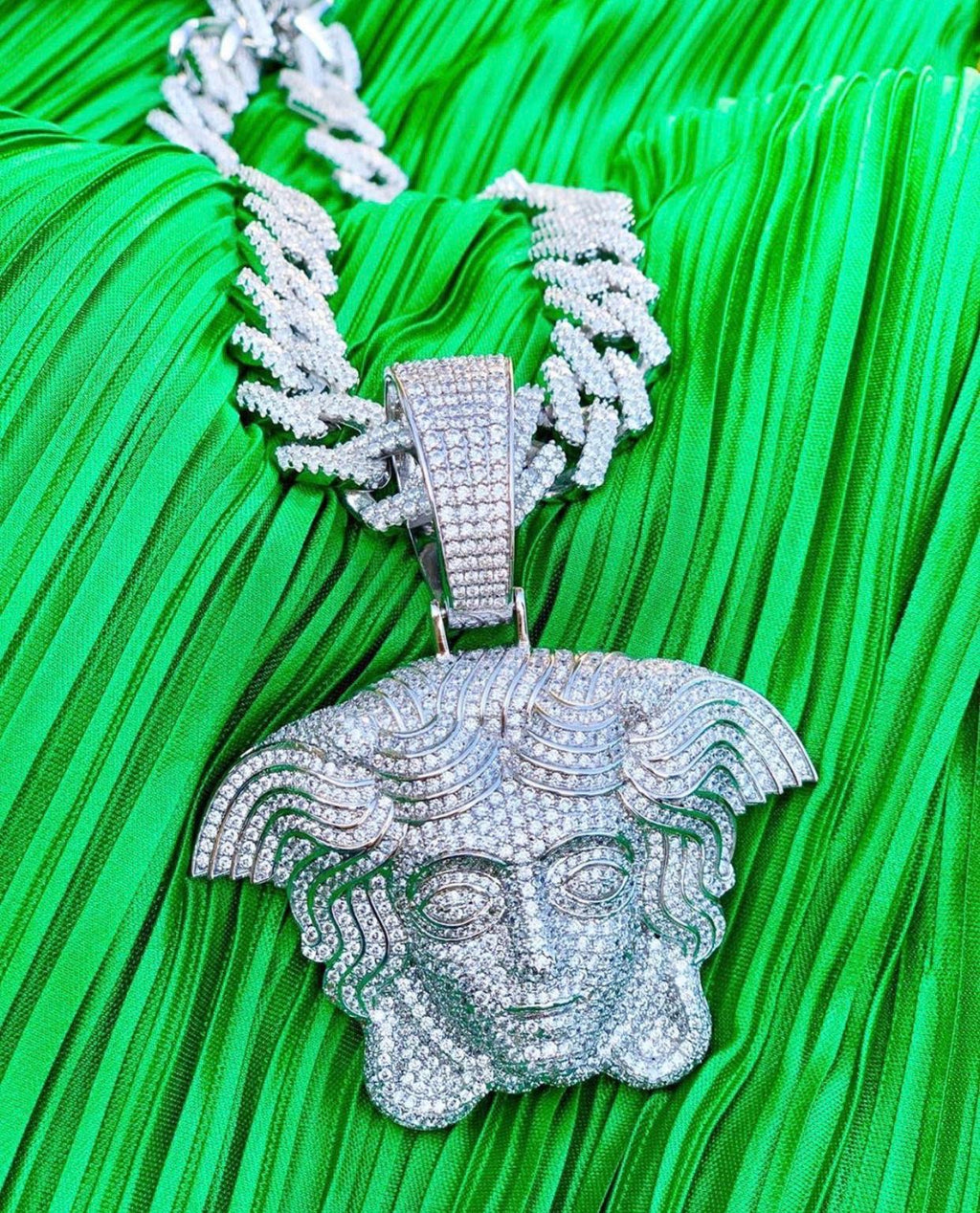 Medusa head diamond Versace set