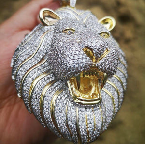 Lion 🦁 pendant only