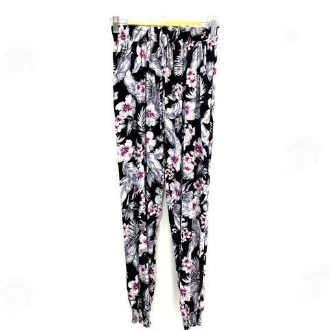 Designer Pink Flower Pattern Pants