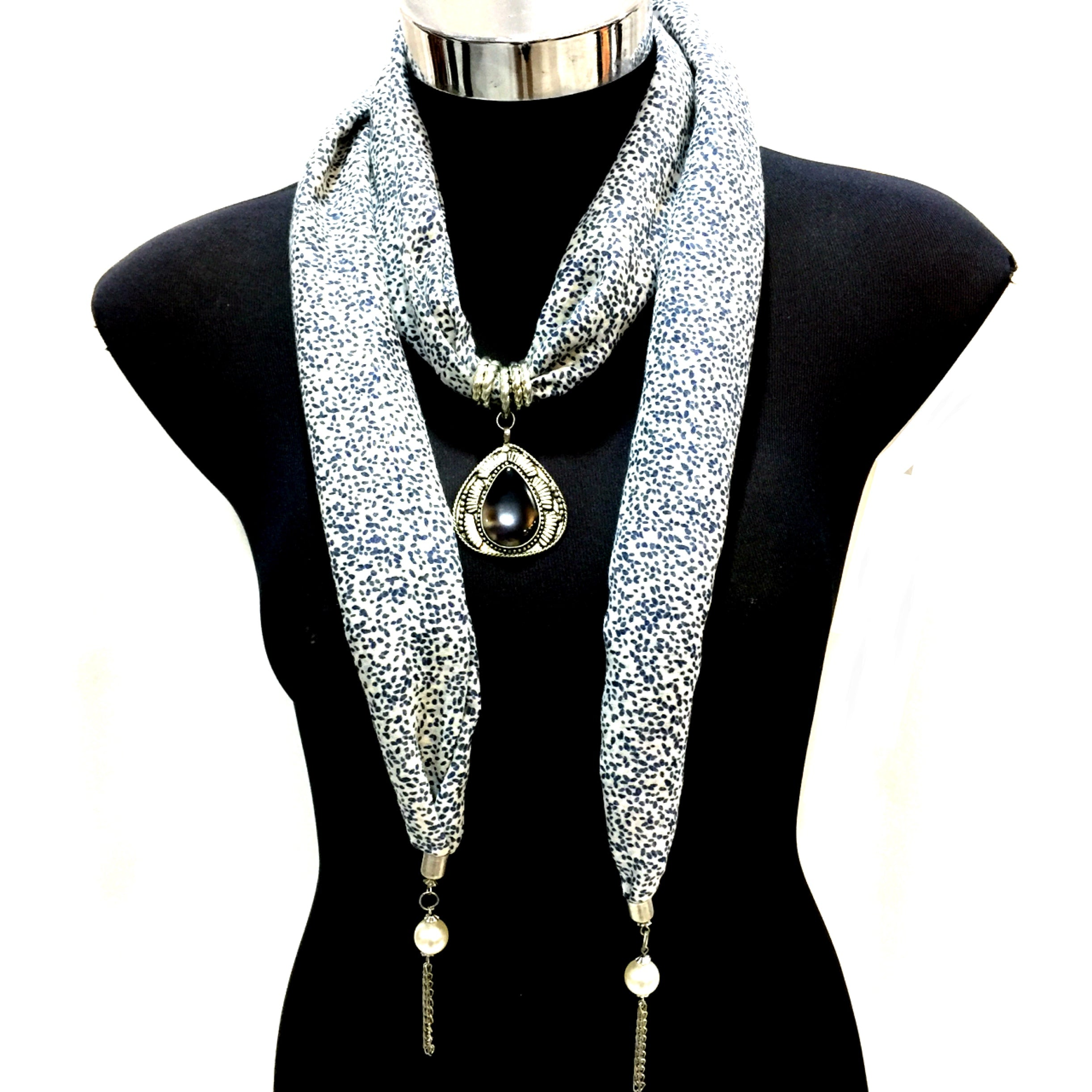 Scarf With Jewellery Pendant -SC05B