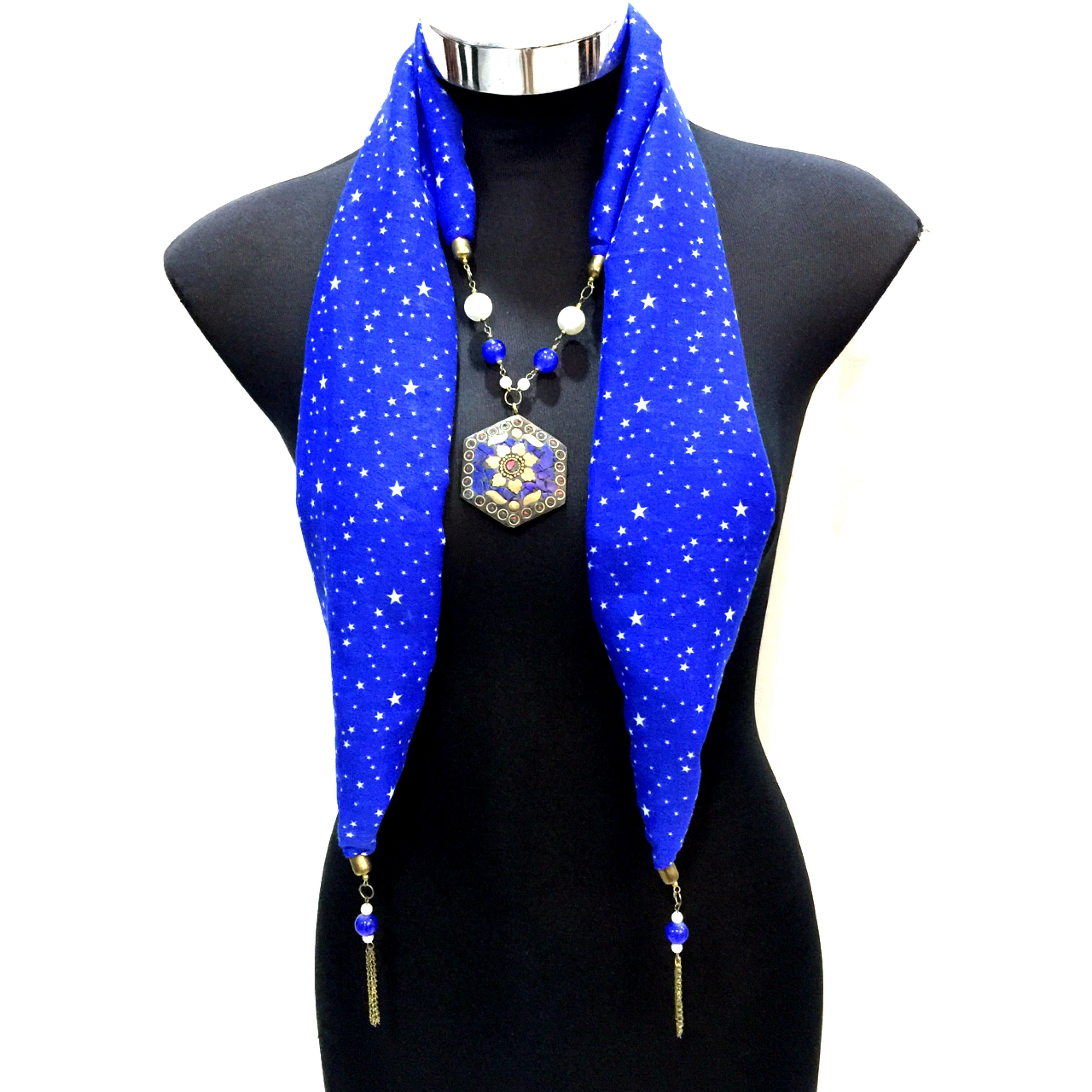 Scarf With Jewellery Pendant -SC09B