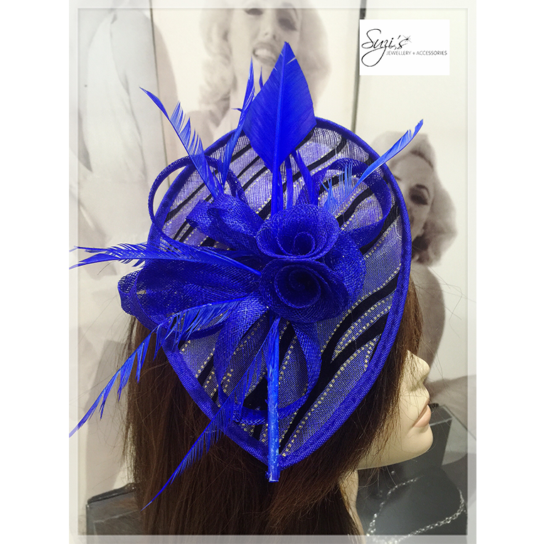 Tear Drop Fascinator Bow With Feathers