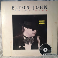 "Elton John: ""Ice On Fire"""