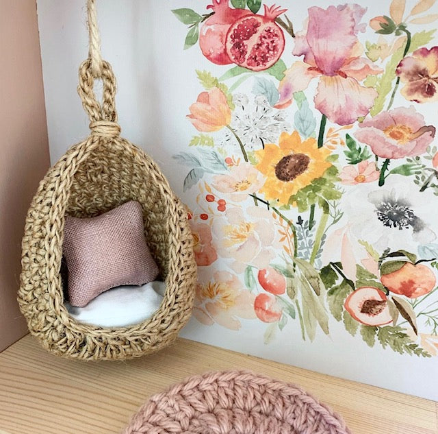 Jute Hanging Chair (Jute and White)