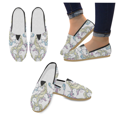 ... best place c7678 37054 Seamless vector pattern with cute magic unicorns  Womens Casual Shoes (Model ... 8540bb2938b3