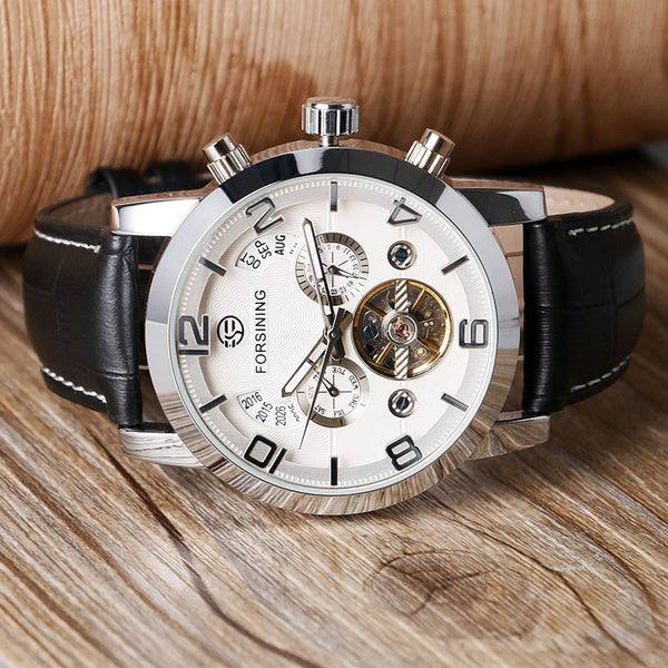 Novelty 165M3 Automatic Mechanical Watch White Silver Close Up