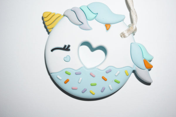 LOULOU UNICORN DONUT TEETHER W/HOLDER - BLUE