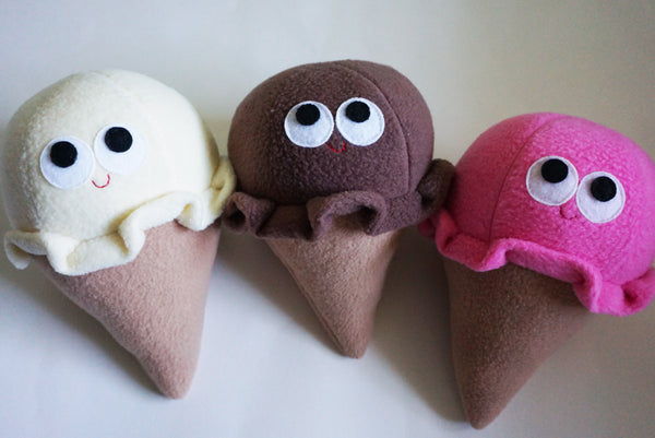 ICE CREAM CONE - PLUSH