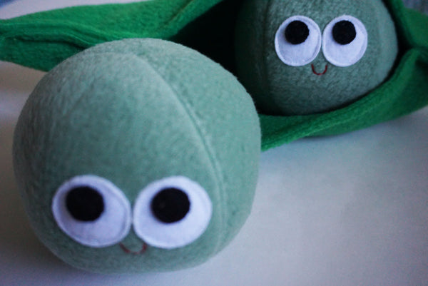 PEAS IN THE POD - PLUSH