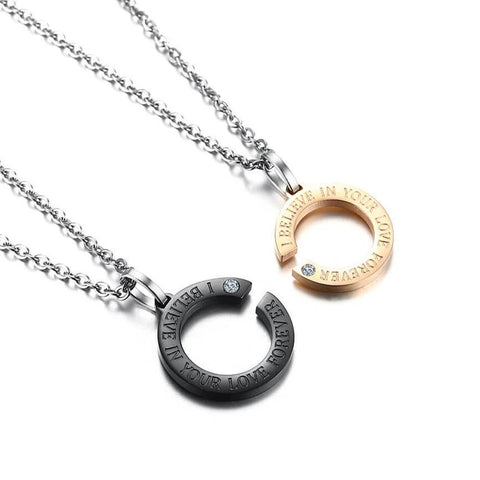 products/Letter_C_Pendant_Necklaces__CN-089_7.jpg
