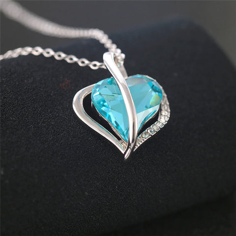 products/gardeniajewel_CRYSTALNECKLACE_RO305_5.jpg