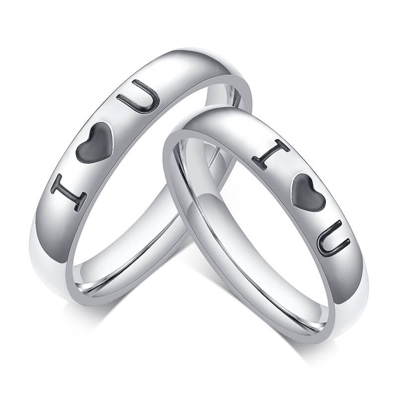 """I love U"" Personalized Couple Heart Promise Rings"