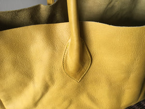 The Patron Tote - Classy and classic shoulder bag.