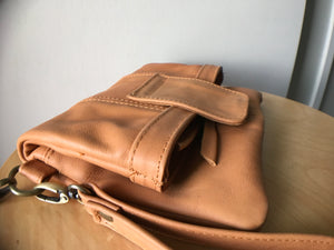 The Janu Clutch - Wallet, phone purse, evening bag.