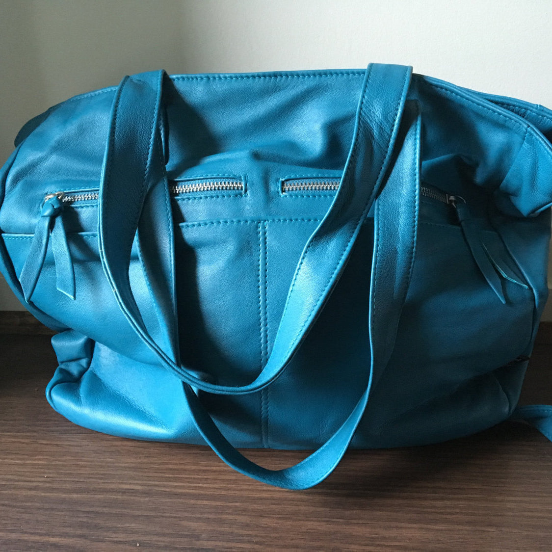 The Envoyage - Large, leather tote, generous handbag.