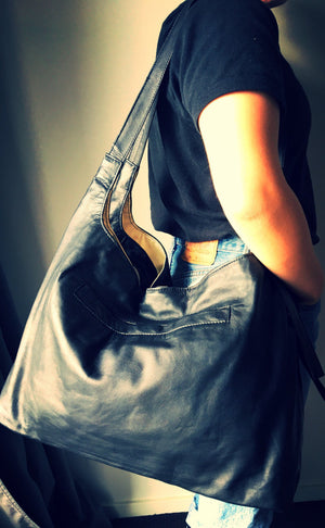 The Duet - Handmade leather shoulder tote.