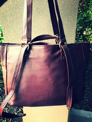 The Envoyage Backpack-Leather Convertible backpack tote bag.Genuine leather.